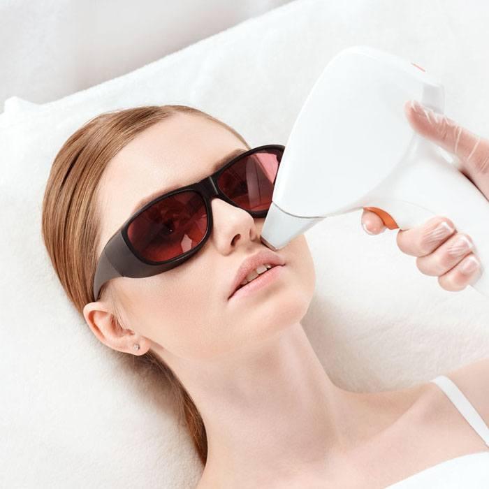 Elimina el antiestético vello del bigote